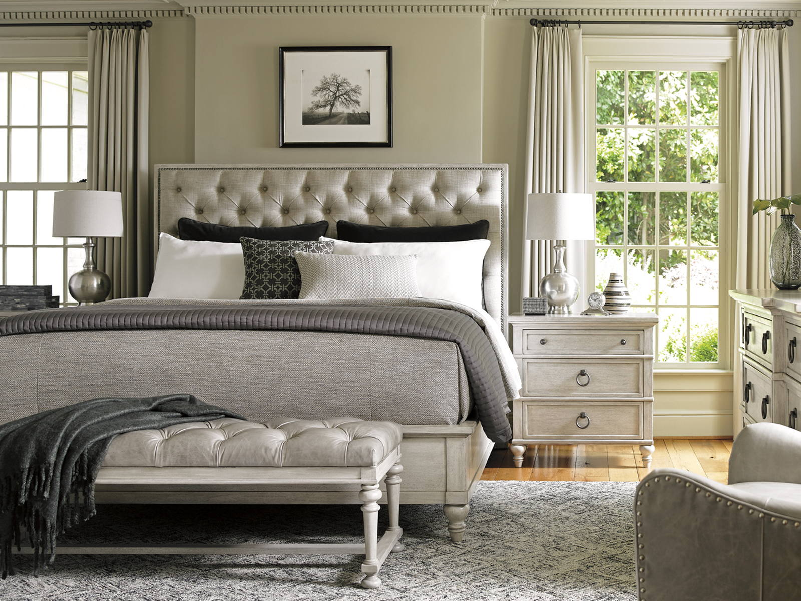 Elegant Lexington Oyster Bay 4 Piece Sag Harbor Tufted Upholstered Bedroom Set In  Distressed