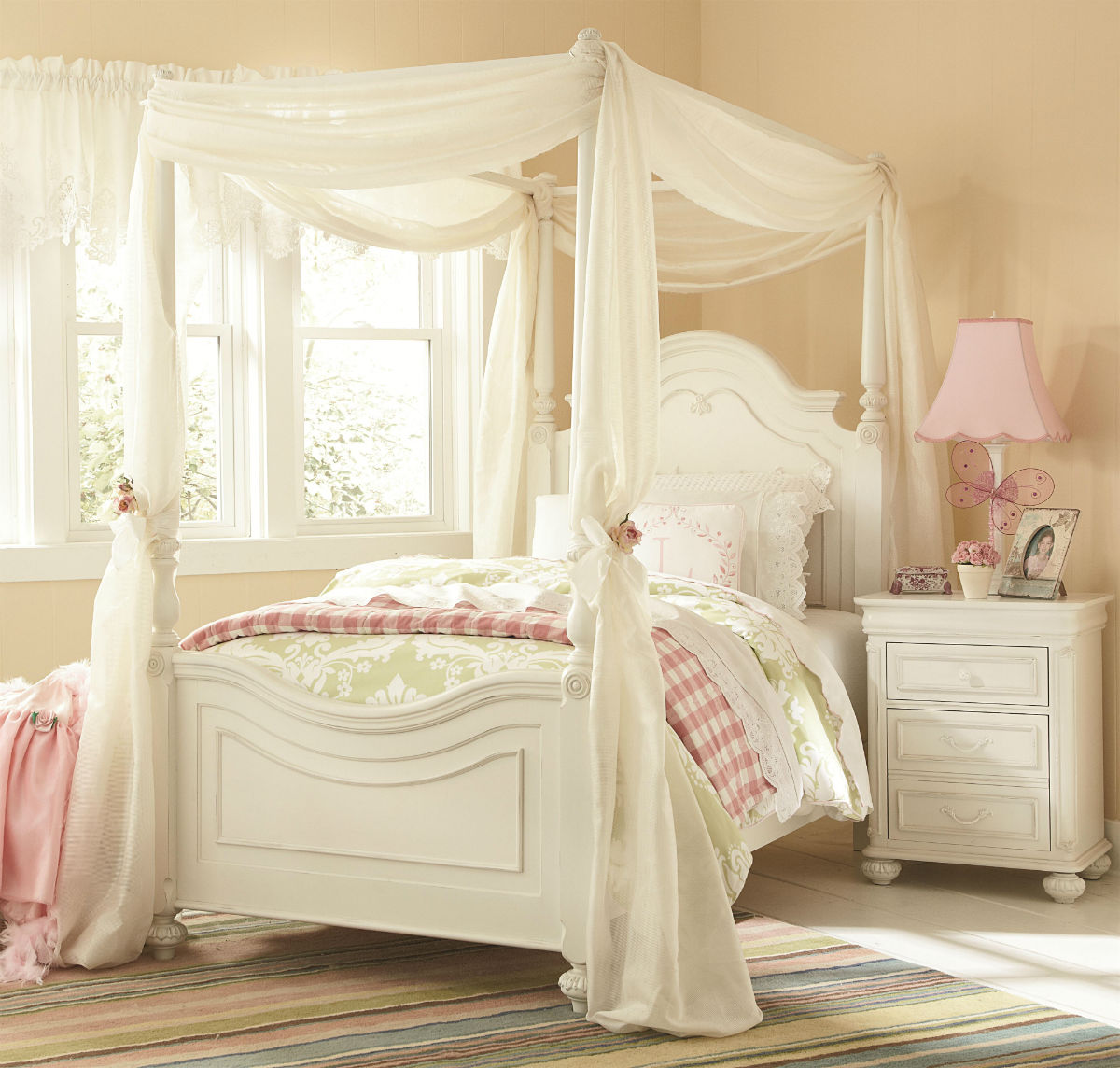 White Bedroom Sets For Girls Retro Bedroom Decor Bedroom Lighting Ideas Modern Art Deco Bedroom Suite: Legacy Classic Kids Charlotte Poster Canopy Bedroom Set In