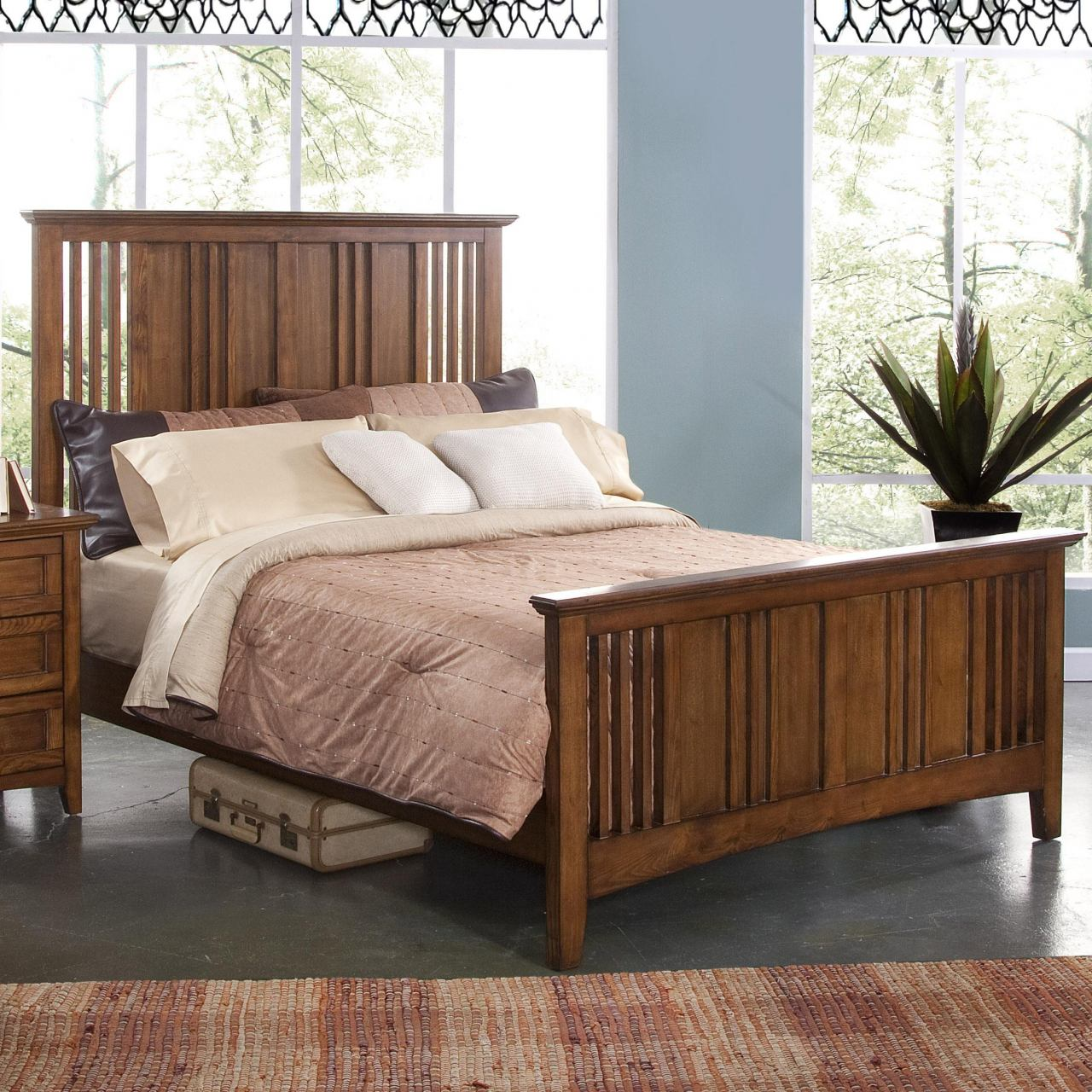 New Classic Logan California King Panel Bed in Spice 00-100-220