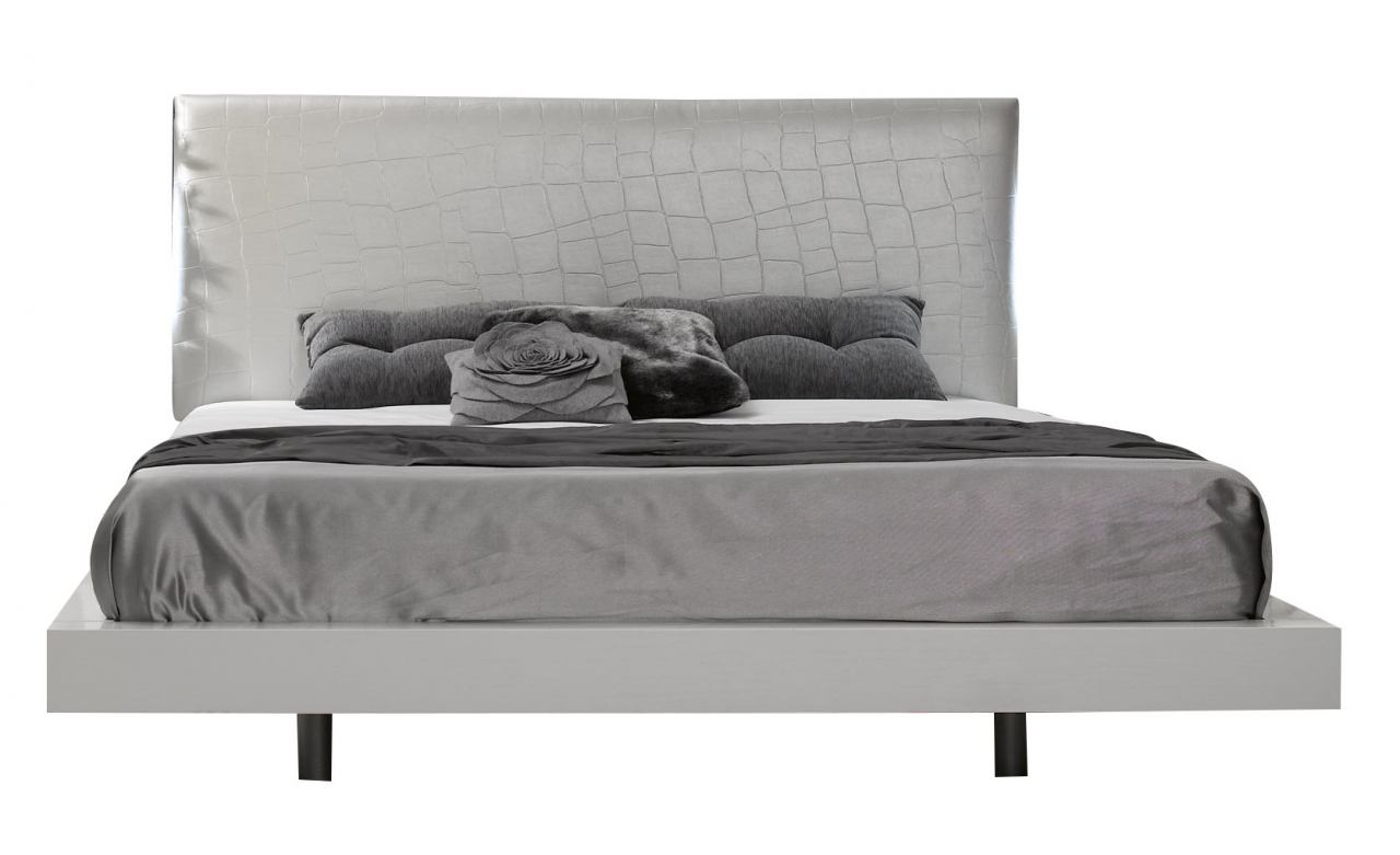 J&M Seville Queen Panel Bed in White Lacquer 1793211-Q