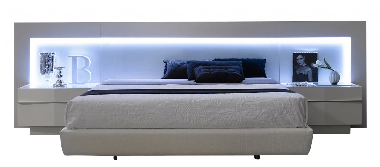J&M Furniture Valencia Queen Platform Bed in White Lacquer 1793212-Q
