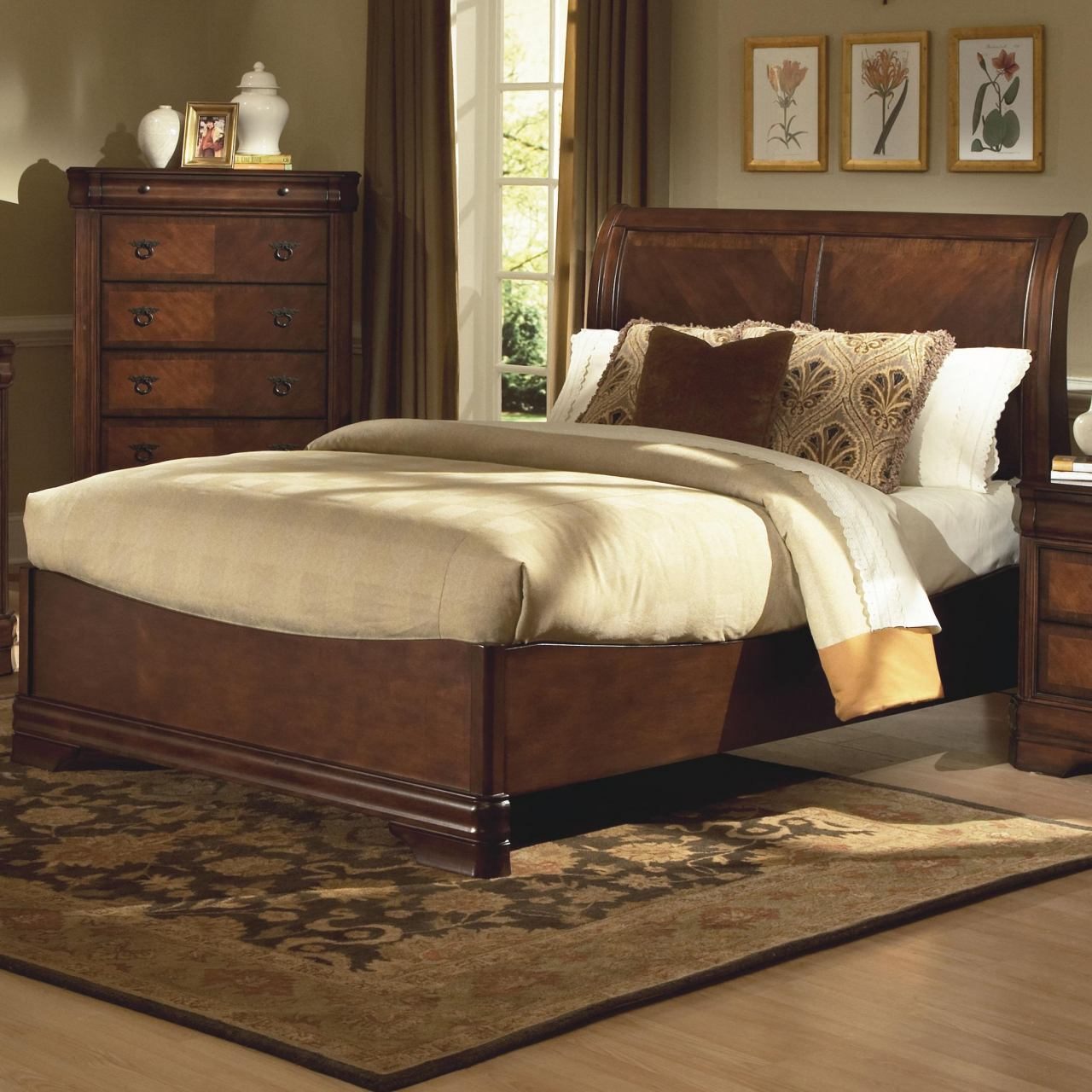 New Classic Sheridan Queen Sleigh Bed in Burnished Cherry Finish 00-005-310