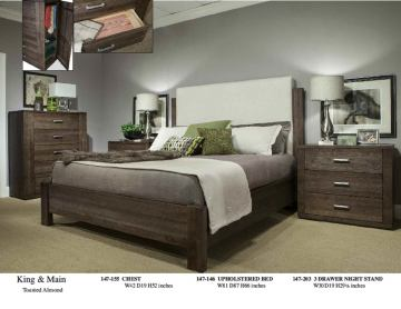 Durham King & Main 4 Piece Upholstered Panel Bed in Flint
