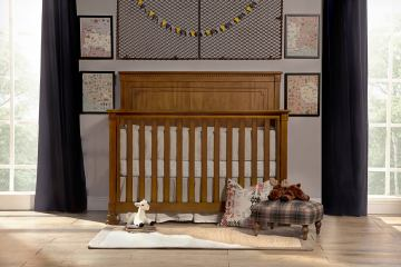 Franklin & Ben Nelson 4-in-1 Convertible Crib with Toddler Rail in Aged Oak B4101AO