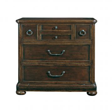 Bernhardt Vintage Patina Bachelor's Chest with Burnished Brass Knobs and Pulls in Molasses 322-230B