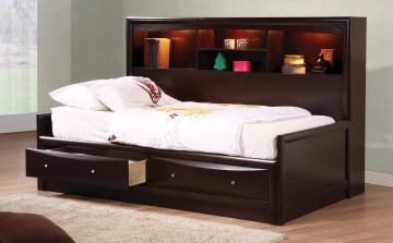 Coaster Phoenix Youth 4pc Daybed Bedroom Set in Cappuccino 400410
