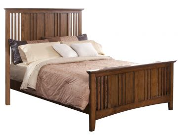 New Classic Logan Queen Panel Bed in Spice 00-100-310