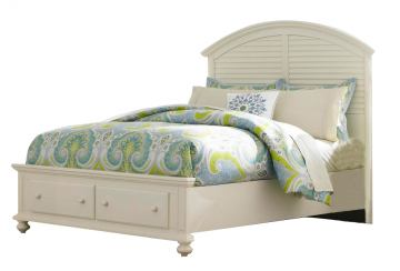 Broyhill Seabrooke Queen Panel Bed with Footboard Storage in Cream 4471