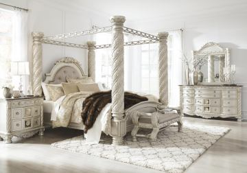 Cassimore 4pc Poster Canopy Bedroom Set in Pearl Silver