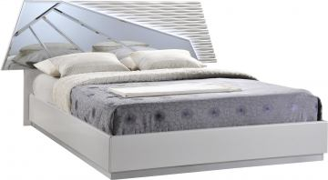 Global Furniture Barcelona King Bed in SIlver Line