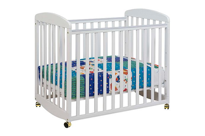 DaVinci Baby Alpha Mini Rocking Crib in White M0598W