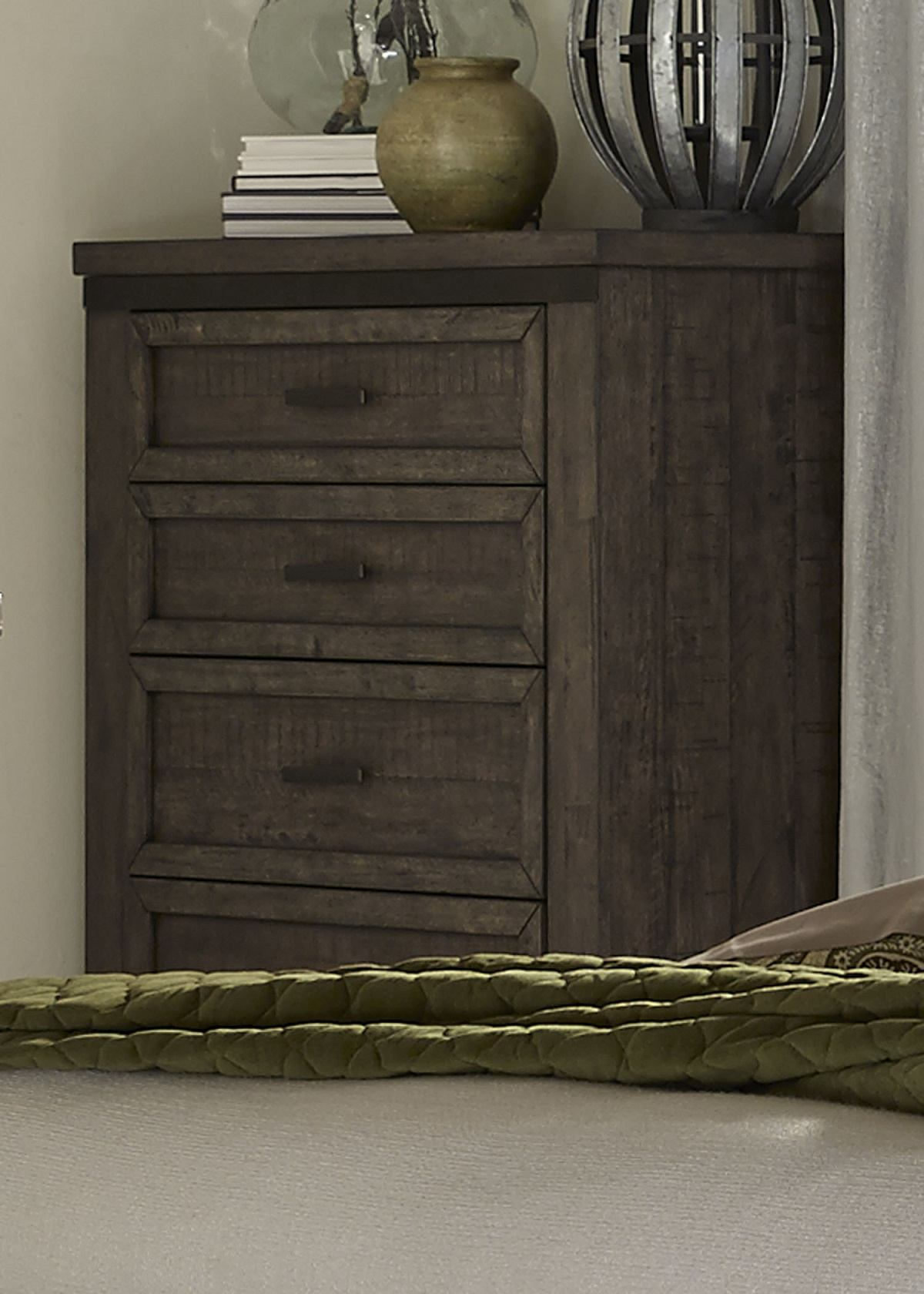 Liberty Thornwood Hills 5-Drawer Chest in Rock Beaten Gray 759-BR41