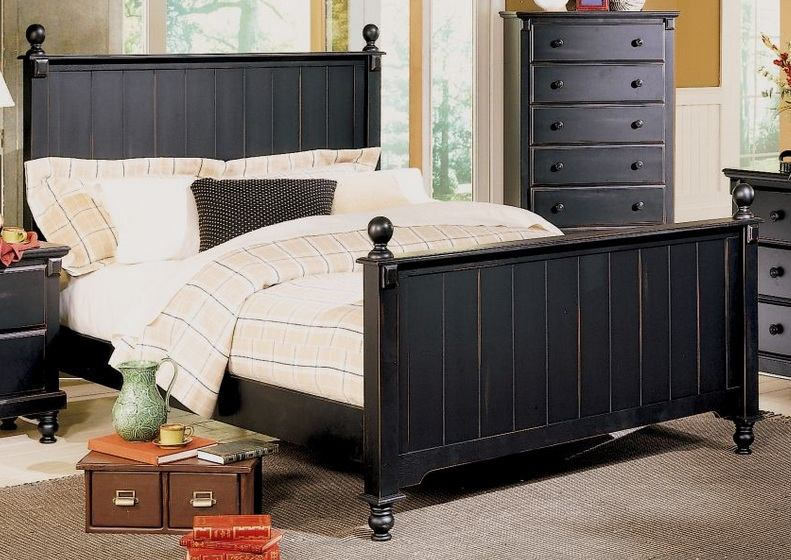 Homelegance Pottery Queen Panel Bed in Black 875-1