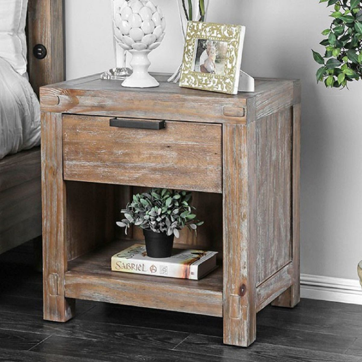 Furniture Of America Wynton 1 Drawer Nightstand In Weathered Light Oak Cm7360n