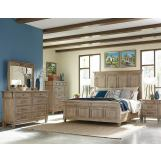 Klaussner Reflections 4pc Panel Bedroom Set in  Light Silver Gray