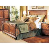 Durham Furniture Savile Row Cal King Panel Bed in Victorian Mahogany 980-144CK-VICM