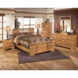 Bittersweet 4-Piece Panel Bedroom Set in Pine Grain
