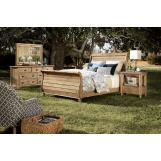 Kincaid Homecoming Solid Wood Sleigh Bedroom Set in Vintage Pine
