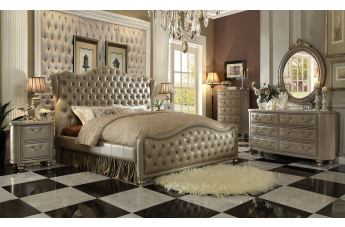 Acme Varada 4pc Sleigh Bedroom Set in Vintage Bone and Champagne Gold
