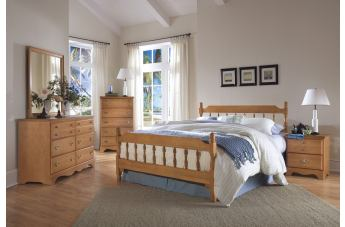 Carolina Furniture Common Sense 4 Piece Spindle Bedroom Set in Salem Maple