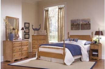 Carolina Furniture Common Sense 4 Piece Poster Bedroom Set in Salem Maple