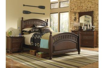 Samuel Lawrence Furniture Expedition 4-Piece Poster Bedroom Set in Cherry