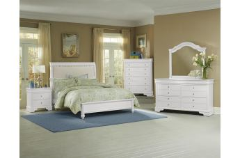 All-American French Market 4pc Upholstered Bedroom Set in Soft White