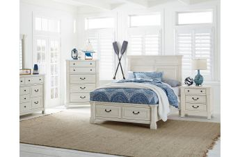 Standard Furniture Chesapeake Bay 4-Piece Storage Bedroom Set in Chalk White