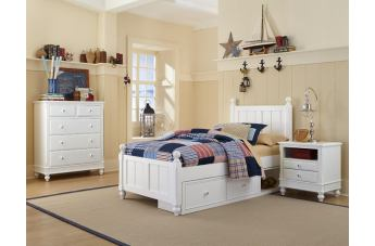 Hillsdale Furniture Lake House 4pc Kennedy Panel with Storage Bedroom Set in White PROMO