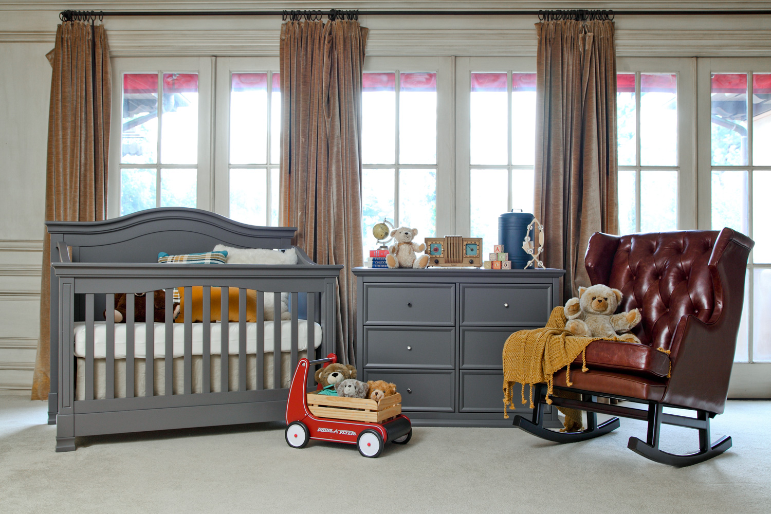 Delicieux Million Dollar Baby Classic Louis/Foothill Collection 4 In 1 Convertible  Crib Set In Manor Grey M34MGSET